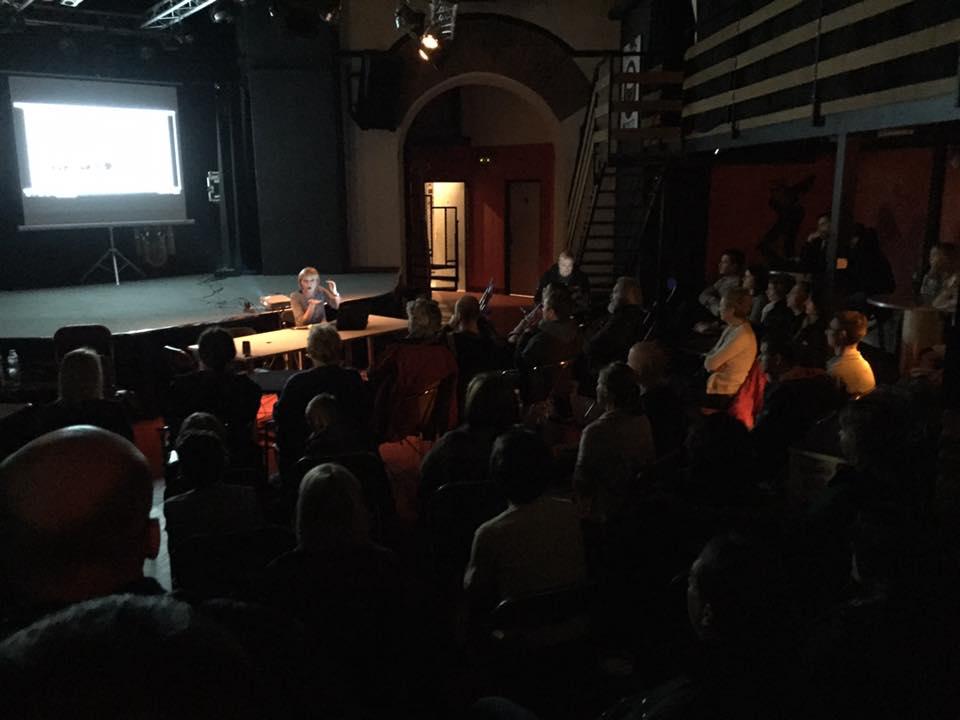 Ema Bašić na Pinklecfestu 22. listopada 2016. (preuzeto s Facebook stranice Pinklecfesta)