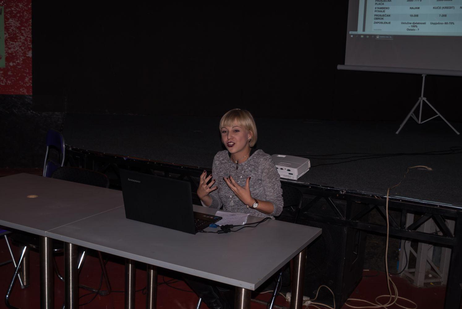 Ema Bašič na Pinklecfestu 22. listopada 2016. (iz arhive Pinklecfesta)