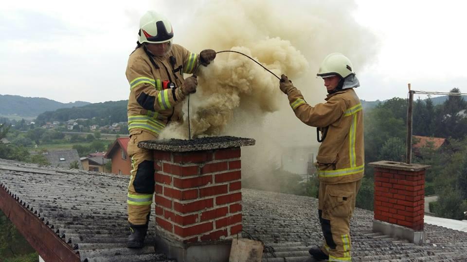 dimnjak požar vatrogasaci