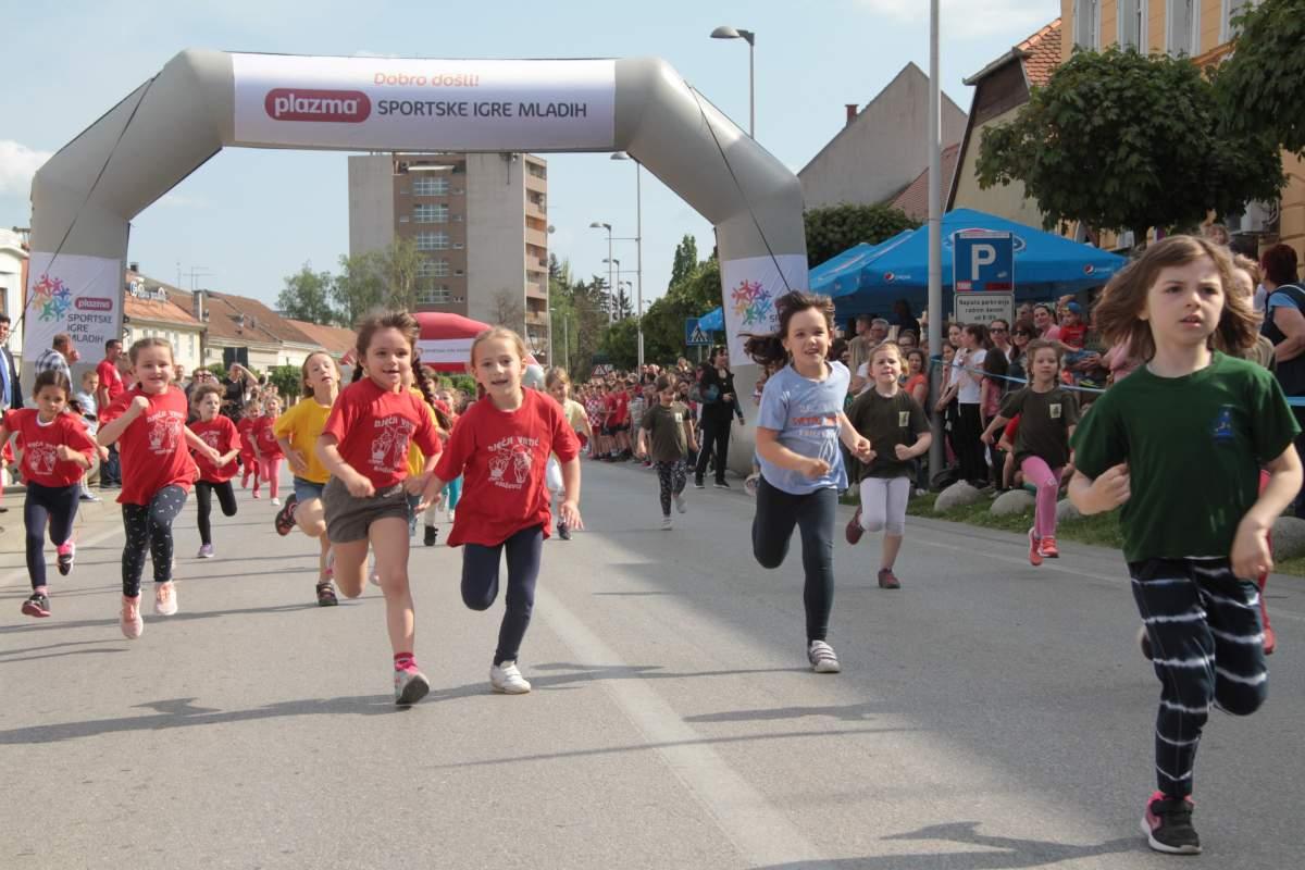 Turneja radosti Plazma Sportskih igara mladih: djeca preplavila Križevce