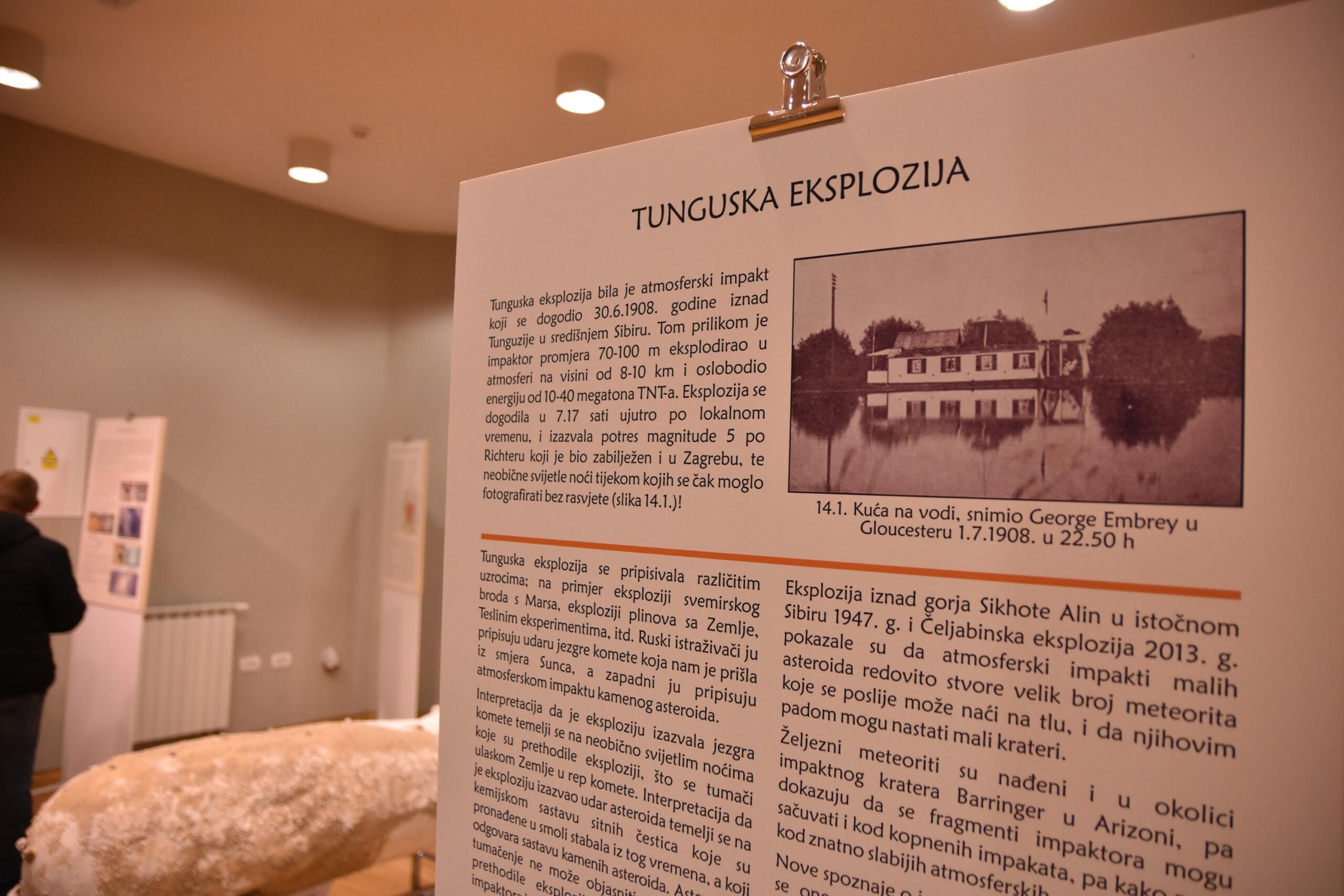 Jedan od 14 panela-postera na izložbi koji objašnjavaju impakte i izloške (foto A.Dundović)