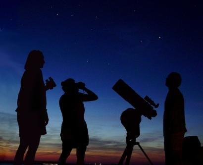 Astronomy_Amateur_3.jpg